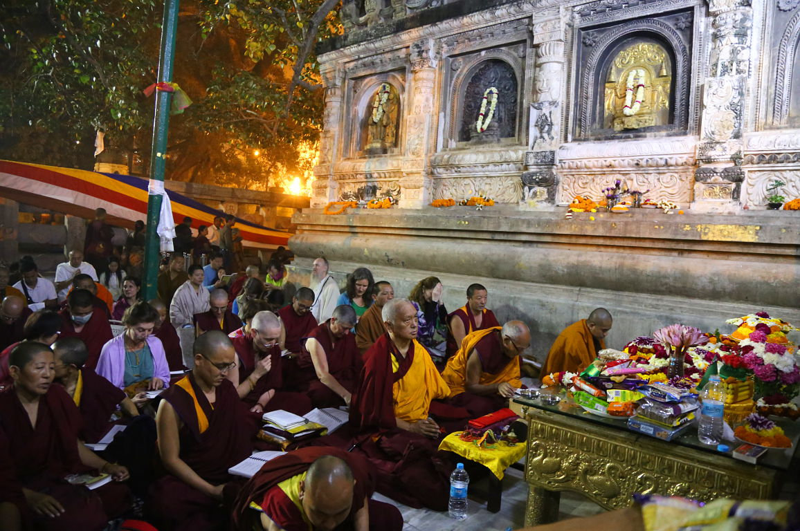 Lama Zopa Rinpoche leading prayers under the bodhi tree