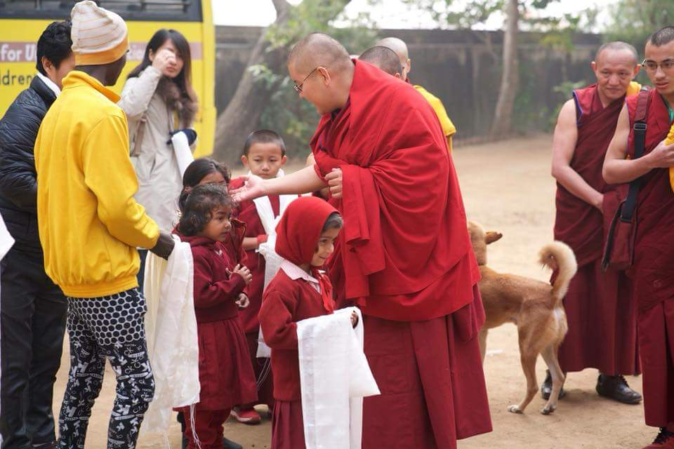 A visit from Ling Rinpoche to our school