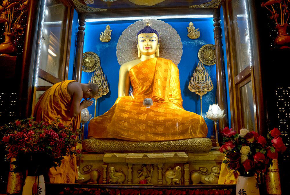 Bodhgaya – Lord Buddha statue in the shrine room of the Mahabodhi Stupa